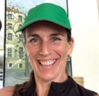 Fitness instructor offers free online classes